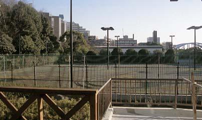 多摩川園ラケットクラブ跡地の南側にある私有地